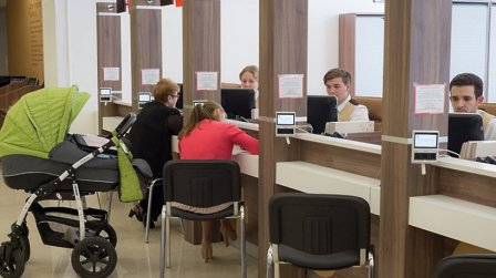 В МФЦ Химок доступна новая услуга для молодых родителей